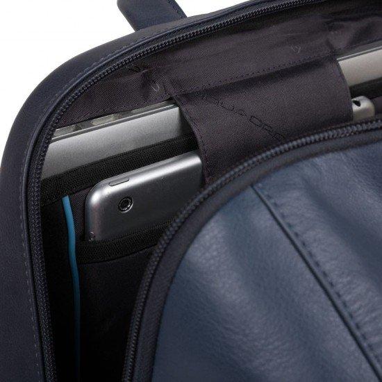 "Ранинца за лаптоп 15.6"" Hakone - син"