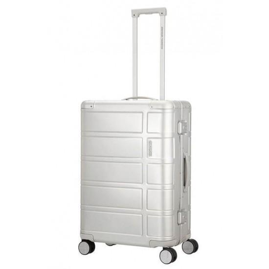 Куфар American Tourister Alumo 67 см - Сребро