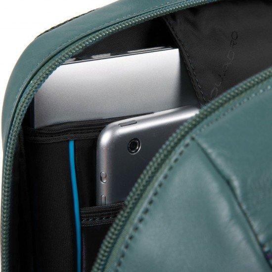 """Раница с отделение за iPad® и ноутбук 14"""" Piquadro Kyoto - Черна"""