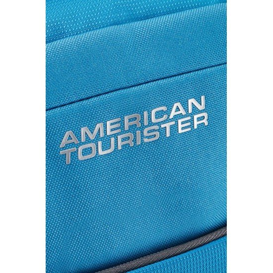 American Tourister куфар/сак Road Quest 67см - светло син