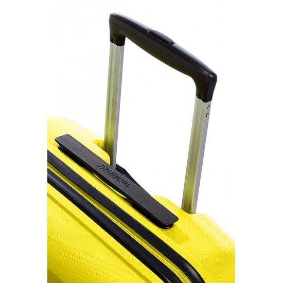 American Tourister куфар Bon Air 55 см - слънчево жълто