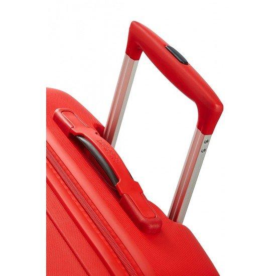 American Tourister куфар Skytracer 68 см - червен