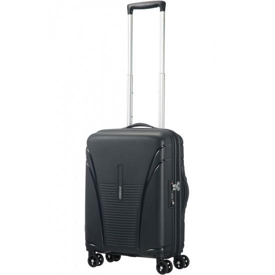 American Tourister куфар Skytracer 68 см - черен