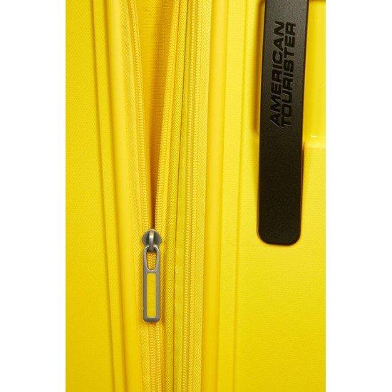 American Tourister куфар Sunside 68 см - жълт