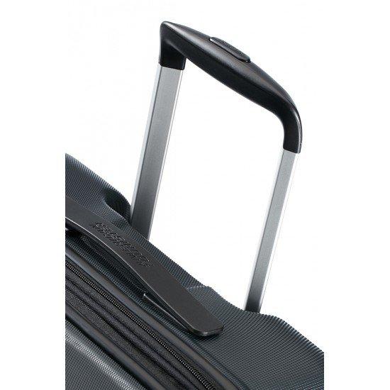 American Tourister куфар Tracklite 67 см - черен